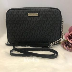 Michael Kors Jet Set LARGE East West Crossbody Bag